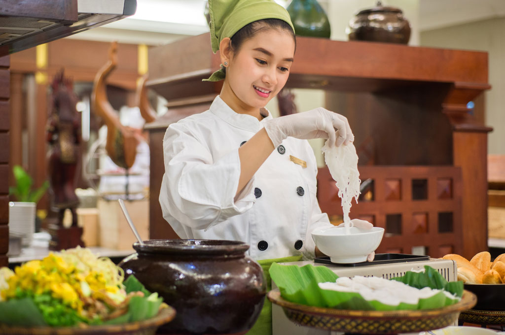 khmer-noodle-at-borei-angkor