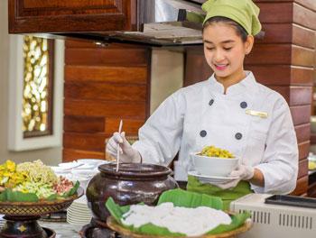 aha-rosil-nom-kruok-cambodian-snacks
