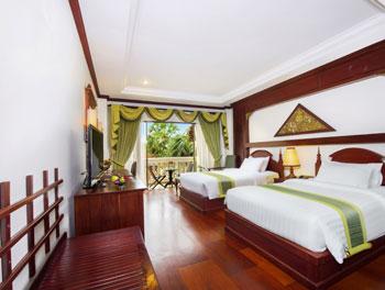 Landmark Twin Bedroom