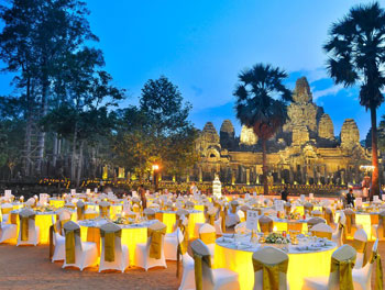 temple-dining-at-bayon